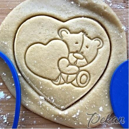 Вырубка для пряников и штамп Мишка с сердцем