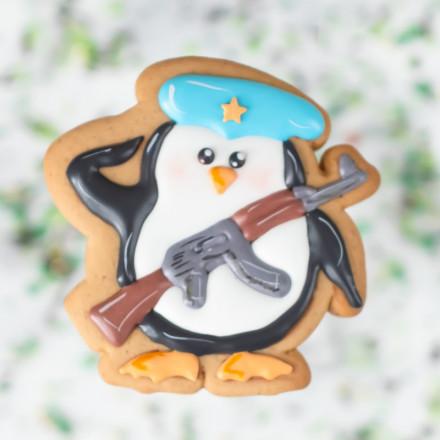 Вырубка для пряников и трафарет Пингвиненок солдат